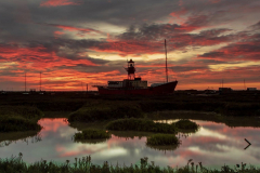 TPC-Lightship-Sunrise-©-Derek-Burchell
